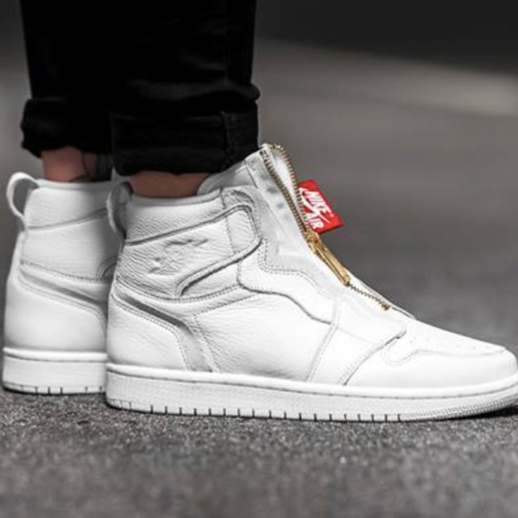 KITH Shoes - Womens Air Jordan 1 High Zip Size 8.5 7385335f2